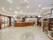 Dott.ssa Pasqualini - Arredamento farmacia classica